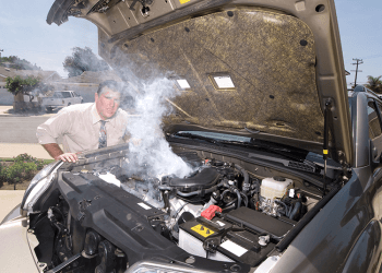 Fumaça excessiva no motor em temperatura normal? Saiba o porque!