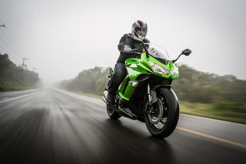 Luz de injeção piscando sete vezes no painel da moto: O que será?