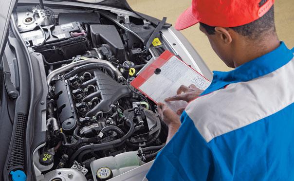 Como melhorar minha atuação como mecânico de automóveis?