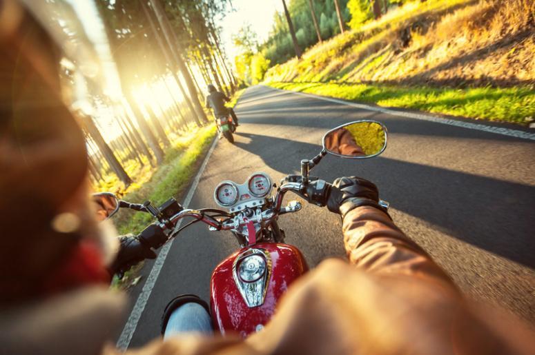 6 dicas de direção defensiva para motociclistas