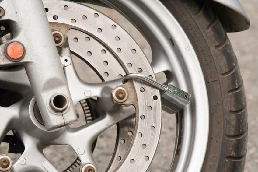 Conheça 6 dicas para prevenir o roubo de moto