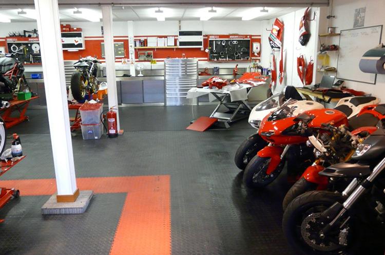 Preparamos um guia com 5 etapas para você montar a sua oficina mecânica de motos. Confira!