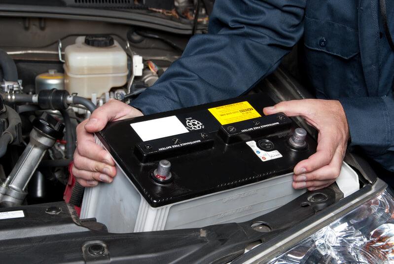 Entenda por que as baterias automotivas sofrem mais danos no verão