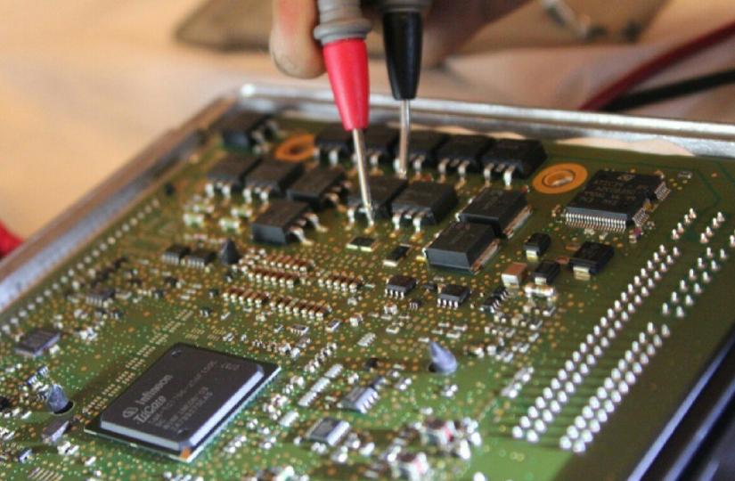 Aprenda a reprogramar o ECM de veículos com injeção eletrônica