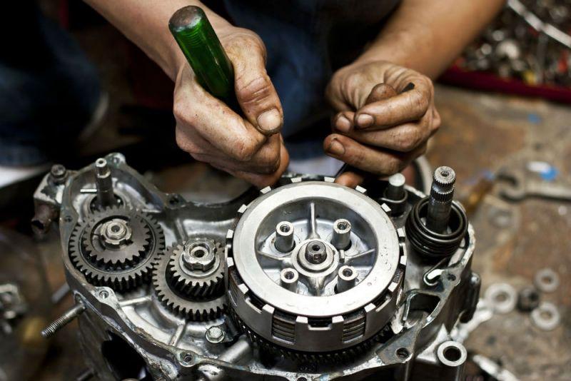 6 peças de moto que quebram com frequência