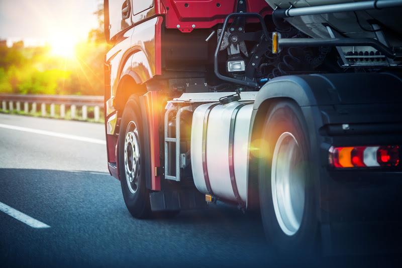 Entenda a classificação dos tipos de veículos de transporte rodoviário de carga