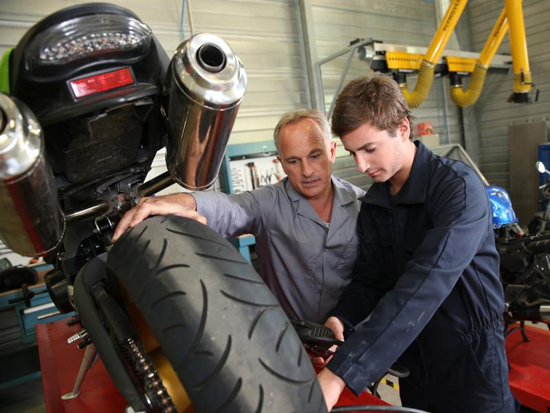 5 mitos de manutenção de motos que foram desvendados