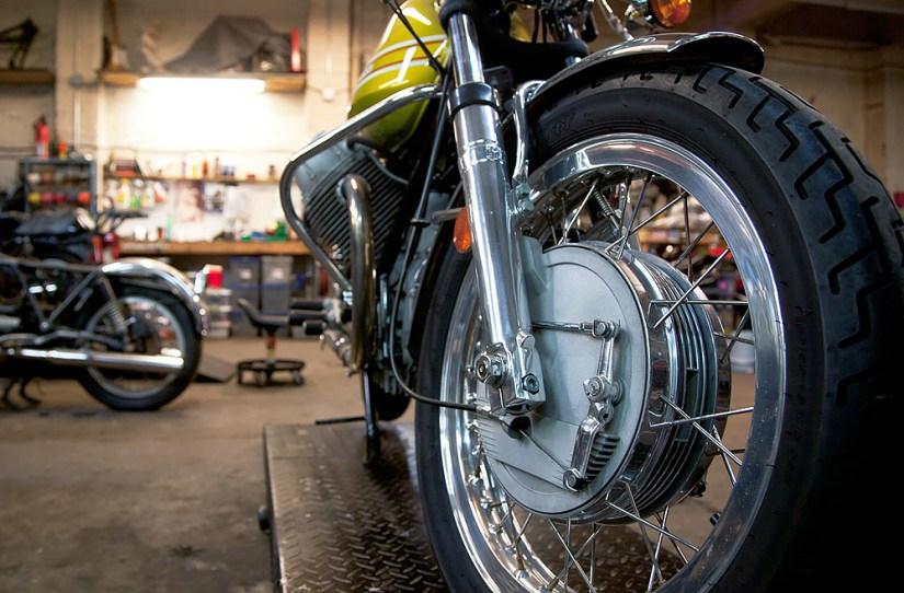 Scanner de moto e testes manuais: qual a diferença?