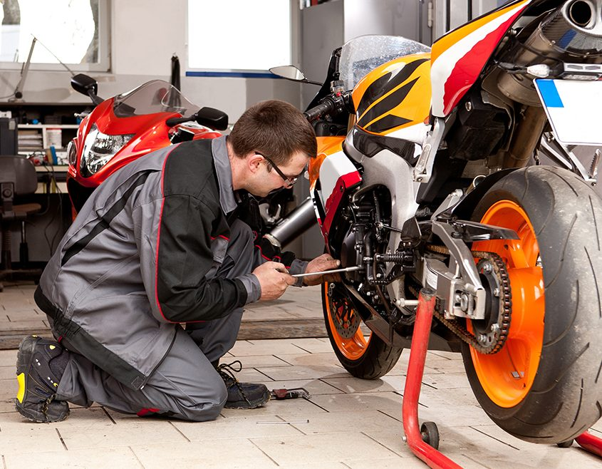 Por que investir em tecnologia na oficina de motos? Veja 4 motivos